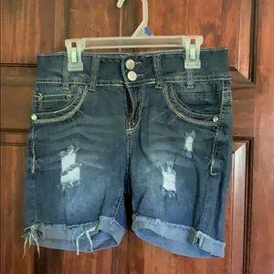 Wallflower denim midi shorts - size 3